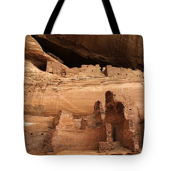 White House Ruin Canyon De Chelly Tote Bag by Bob Christopher