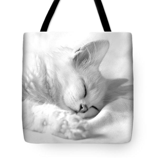 White Kitten On White. Tote Bag