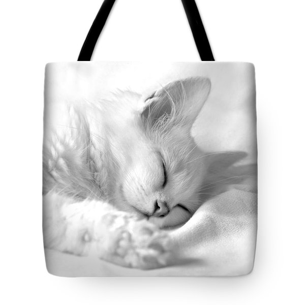 White Kitten On White. Tote Bag