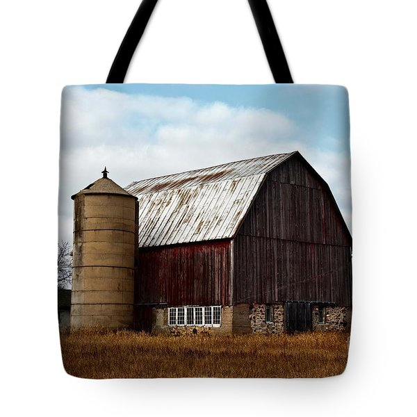 Wisconsin Dairy Barn Tote Bag