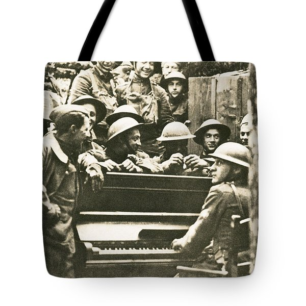Yankee Soldiers Around A Piano Tote Bag by Photo Researchers
