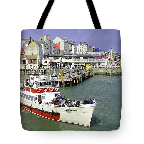 Yorkshire Belle Turning In Bridlington Harbour Tote Bag by Rod Johnson