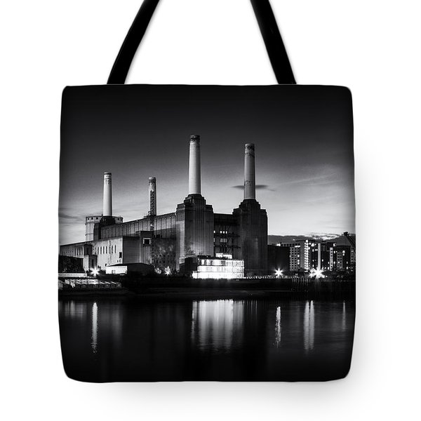 Battersea Power Station In Monochrome Tote Bag by Ian Hufton