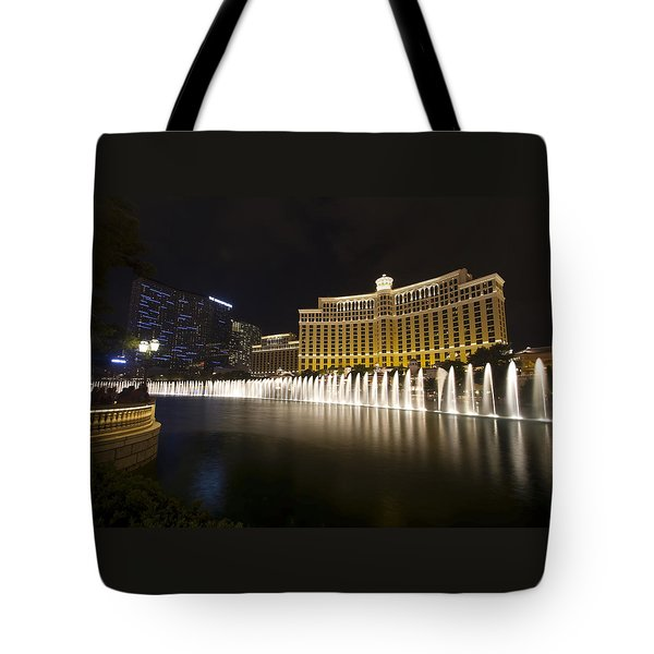 Bellagio Fountain In Las Vegas At Night Tote Bag