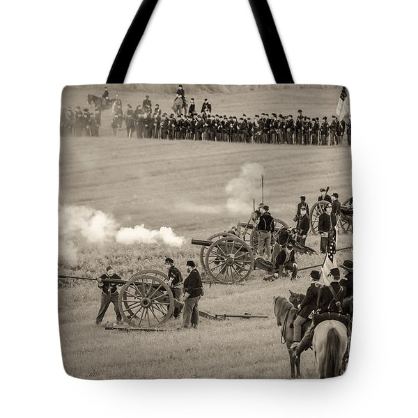 Gettysburg Union Artillery And Infantry 7439s Tote Bag