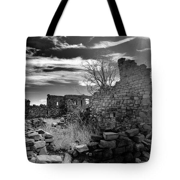 Kinishba Ruins Black And White Tote Bag
