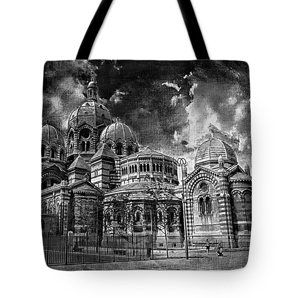 La Major 19 Tote Bag