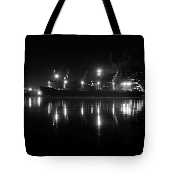 Point Lights Bw Tote Bag