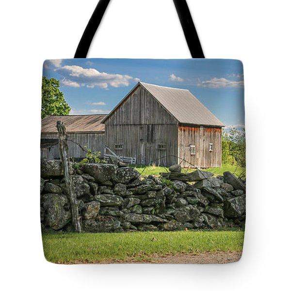 #0079 - Robert's Barn, New Hampshire Tote Bag