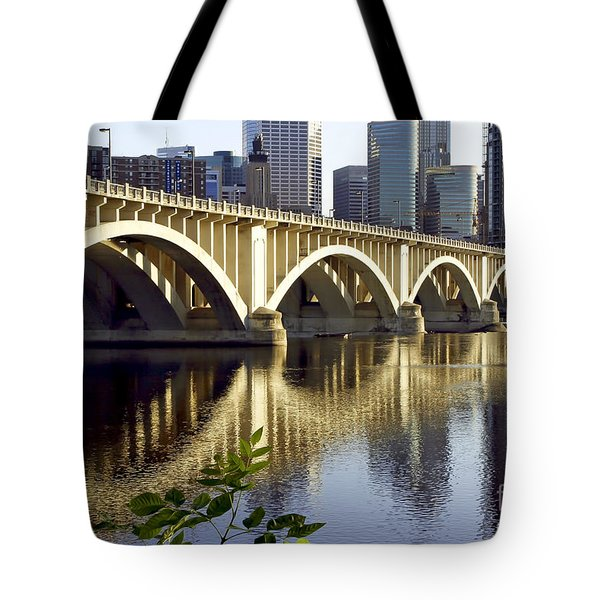 0333 3rd Avenue Bridge Minneapolis Tote Bag