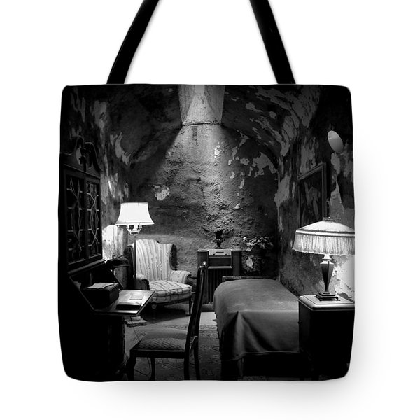 Tote Bag featuring the photograph Al's Place by Richard Reeve