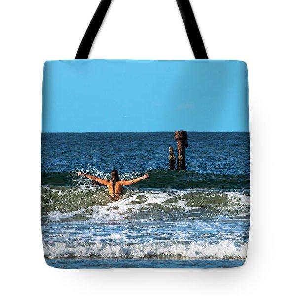 Belongil Beach Tote Bag
