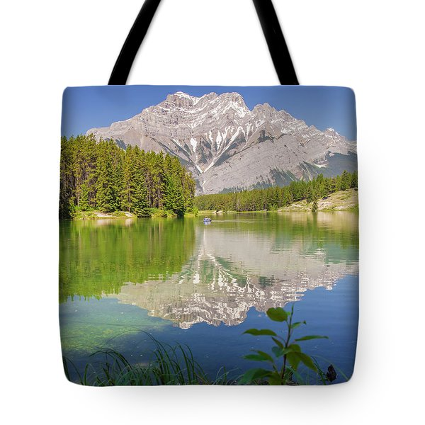 Tote Bag featuring the photograph Cascade Mountain by Mark Mille