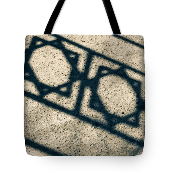 Tote Bag featuring the photograph Cast by Jez C Self