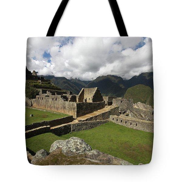 Central Plaza At Machu Picchu Tote Bag by Aidan Moran