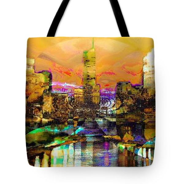 Chicago  Tote Bag by Lynda Payton