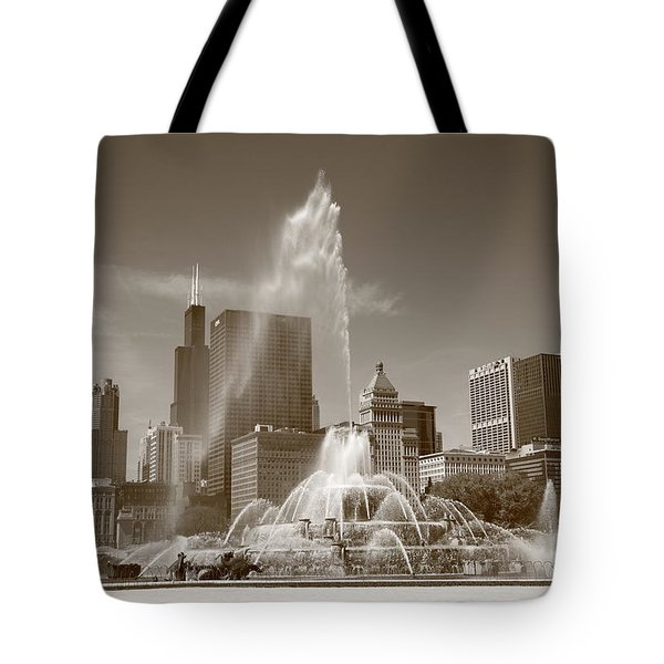 Chicago Skyline And Buckingham Fountain Tote Bag by Frank Romeo