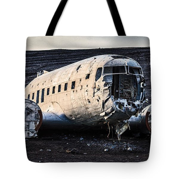 Crashed Dc-3 Tote Bag