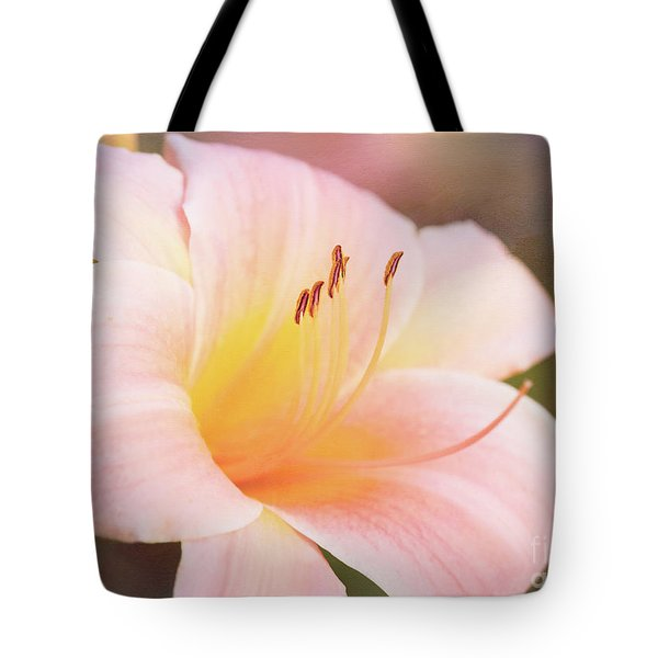 Delightful Daylily Tote Bag
