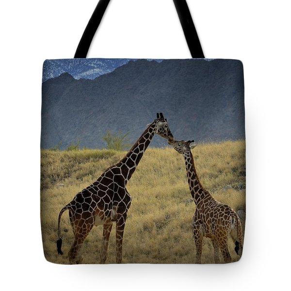 Desert Palm Giraffe 001 Tote Bag