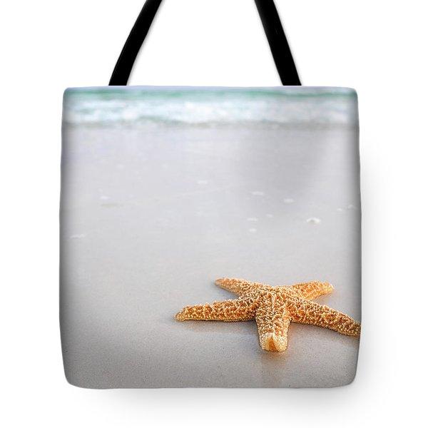 Tote Bag featuring the photograph Destin Florida Miramar Beach Starfish by Robert Bellomy