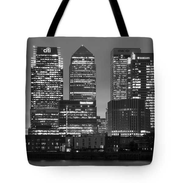 Docklands Canary Wharf Sunset Bw Tote Bag