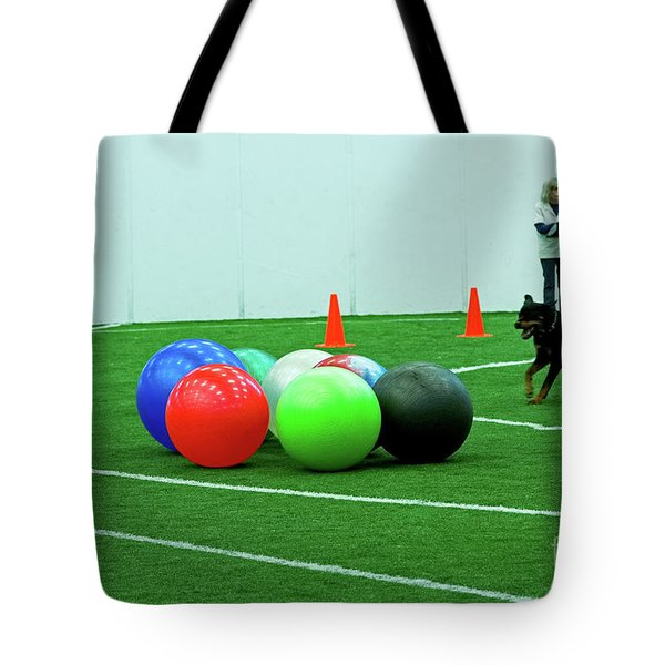 Tote Bag featuring the photograph Donna And Sinjin by Fred Stearns