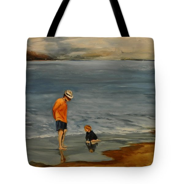 Family On Beach Tote Bag by Lindsay Frost