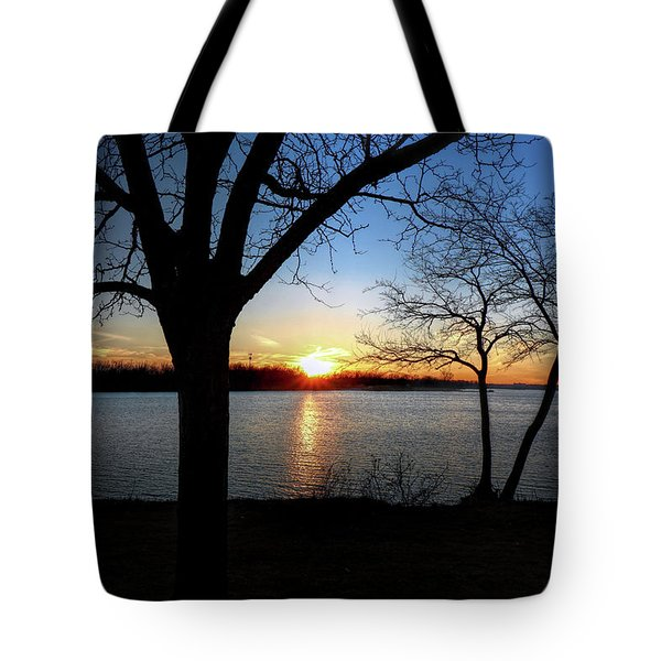 Ford Lake Sunset Tote Bag
