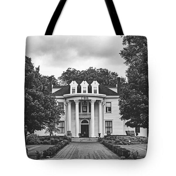 Gamma Phi Beta Sorority House - University Of Georgia Tote Bag