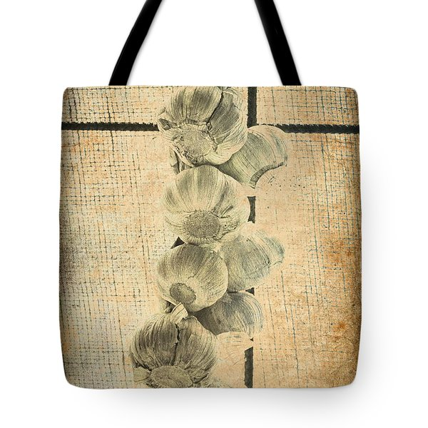 Tote Bag featuring the photograph Garlic by Elaine Teague