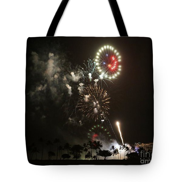 Tote Bag featuring the photograph Happy Face by Craig Wood