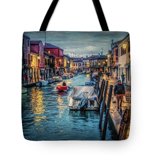 Heading For Home. Tote Bag