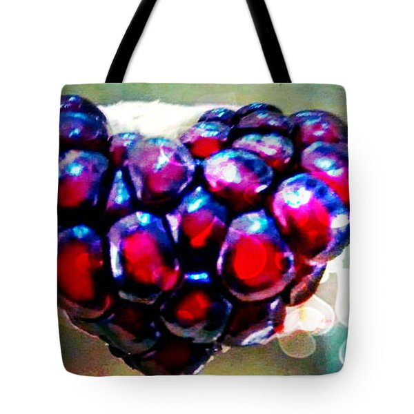 Tote Bag featuring the painting I Heart You by Genevieve Esson