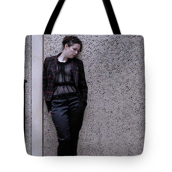 Iona Lynn 2-4 Tote Bag