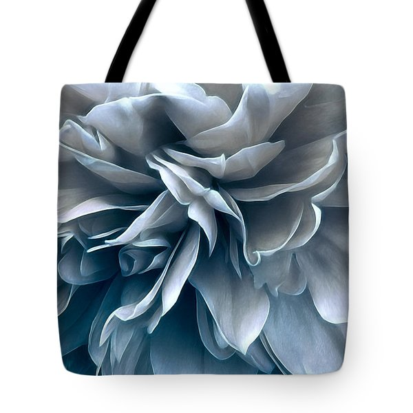 Tote Bag featuring the photograph Jet Stream by Darlene Kwiatkowski