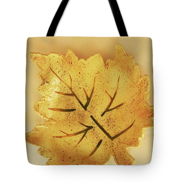Leaf Plate2 Tote Bag by Itzhak Richter