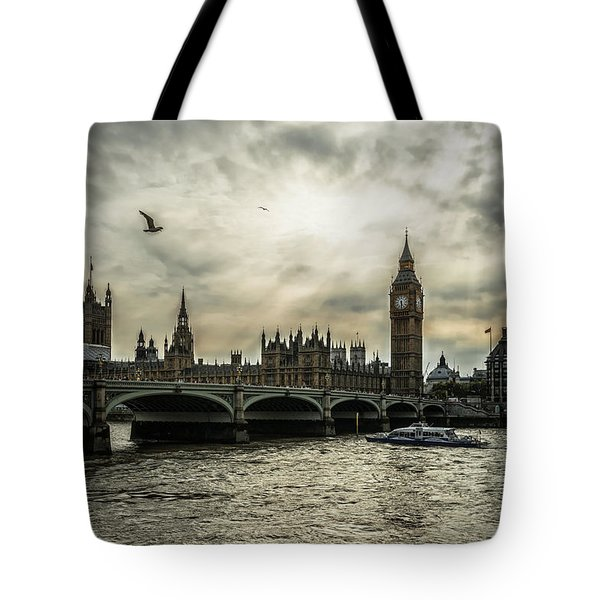 London Tote Bag by Jaroslaw Grudzinski