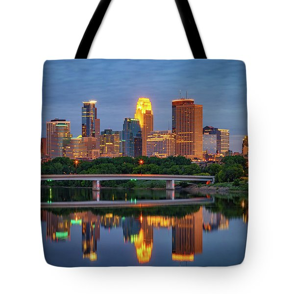 Minneapolis Twilight Tote Bag