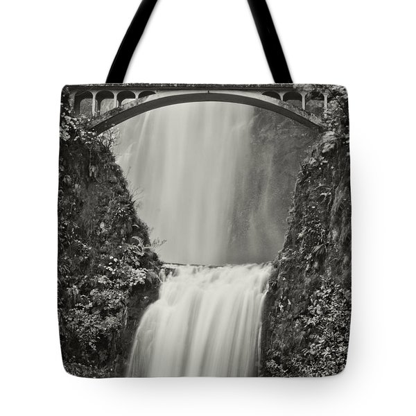 Multnomah Falls Upclose Tote Bag