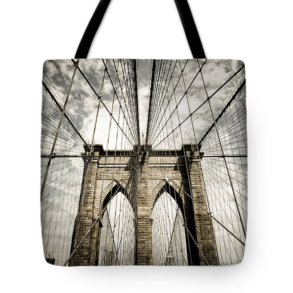 Tote Bag featuring the photograph New York by Juergen Held
