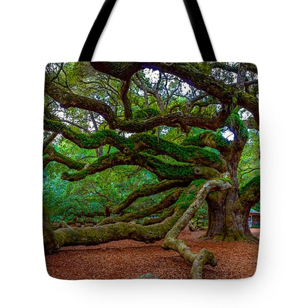 Old Southern Live Oak Tote Bag