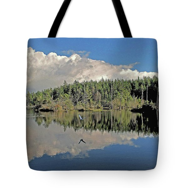 Tote Bag featuring the photograph Pause And Reflect by Suzy Piatt