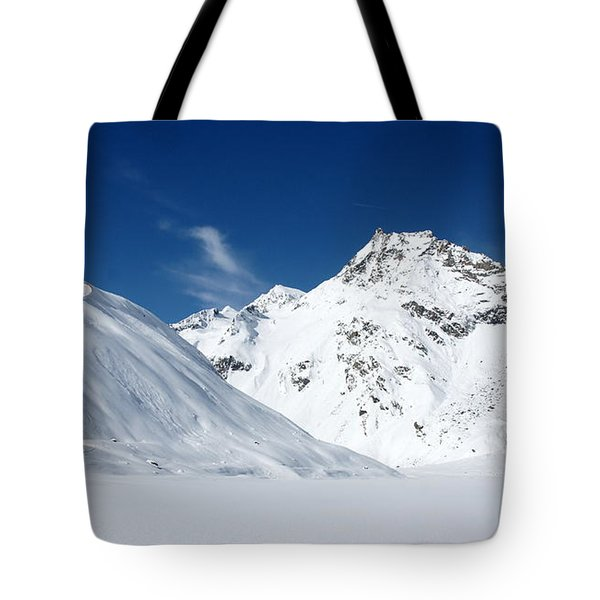 Tote Bag featuring the photograph Rifflsee by Christian Zesewitz