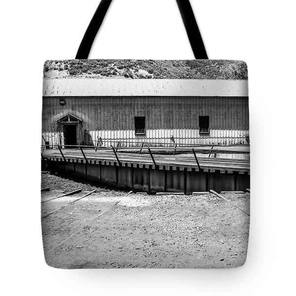 Tote Bag featuring the photograph Round And Round by Colleen Coccia