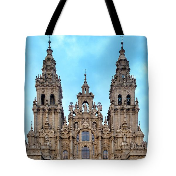 Tote Bag featuring the photograph Santiago De Compostela Cathedral by Fabrizio Troiani