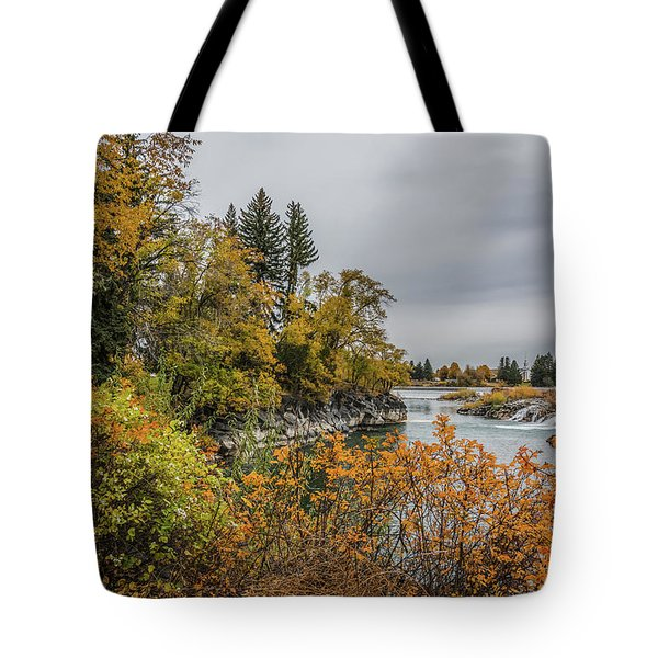 Snake River Greenbelt Walk In Autumn Tote Bag by Yeates Photography