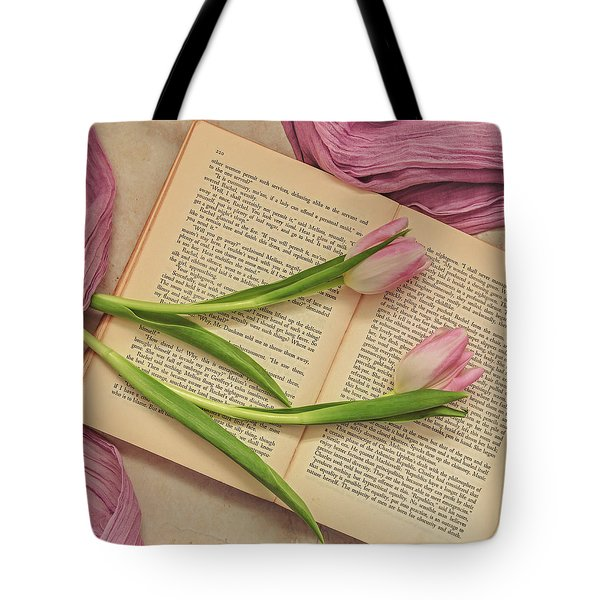Tote Bag featuring the photograph Spring Beauty 2 by Kim Hojnacki