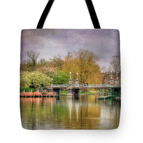 Tote Bag featuring the photograph Spring In The Boston Public Garden by Joann Vitali