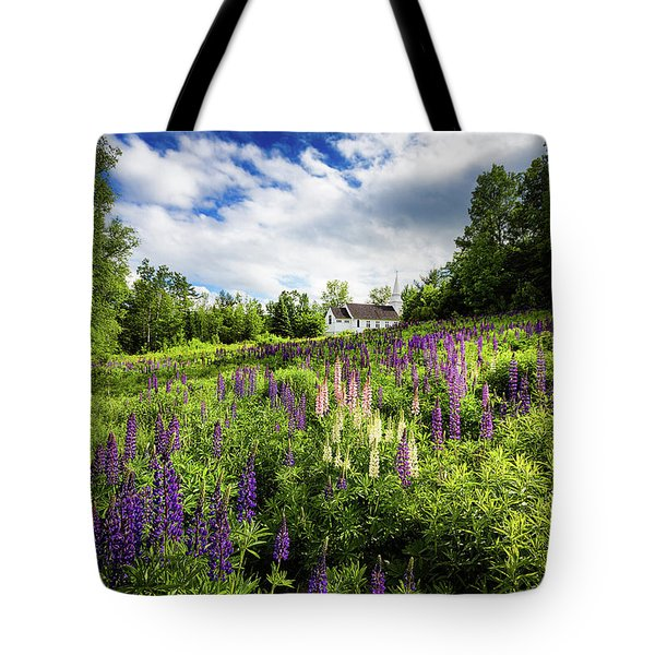 Tote Bag featuring the photograph Sugar Hill by Robert Clifford
